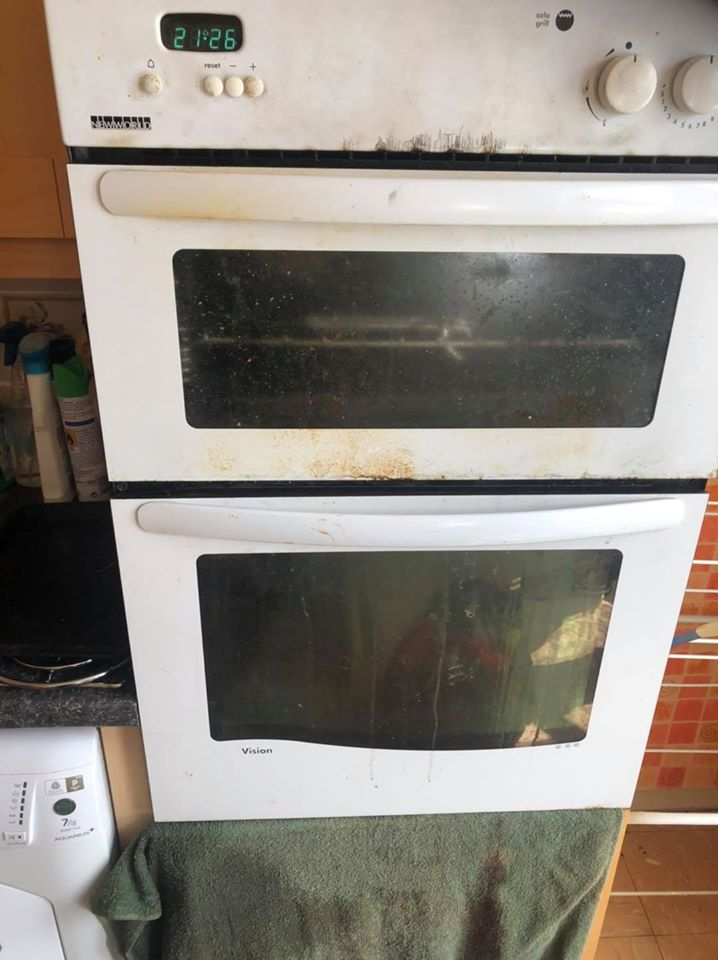 oven cleaning harlow